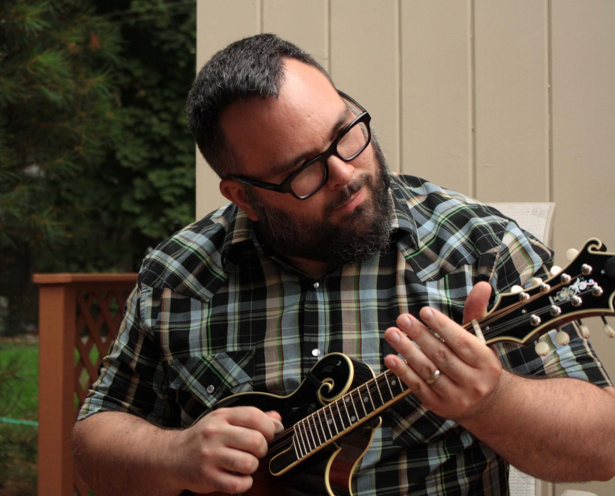Chris Mateer (Uprooted Music Revue)