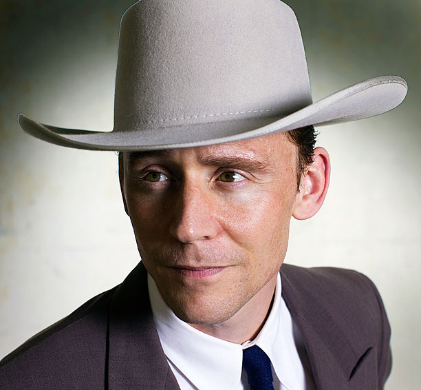 Get Your First Look at Tom Hiddleston as Hank Williams