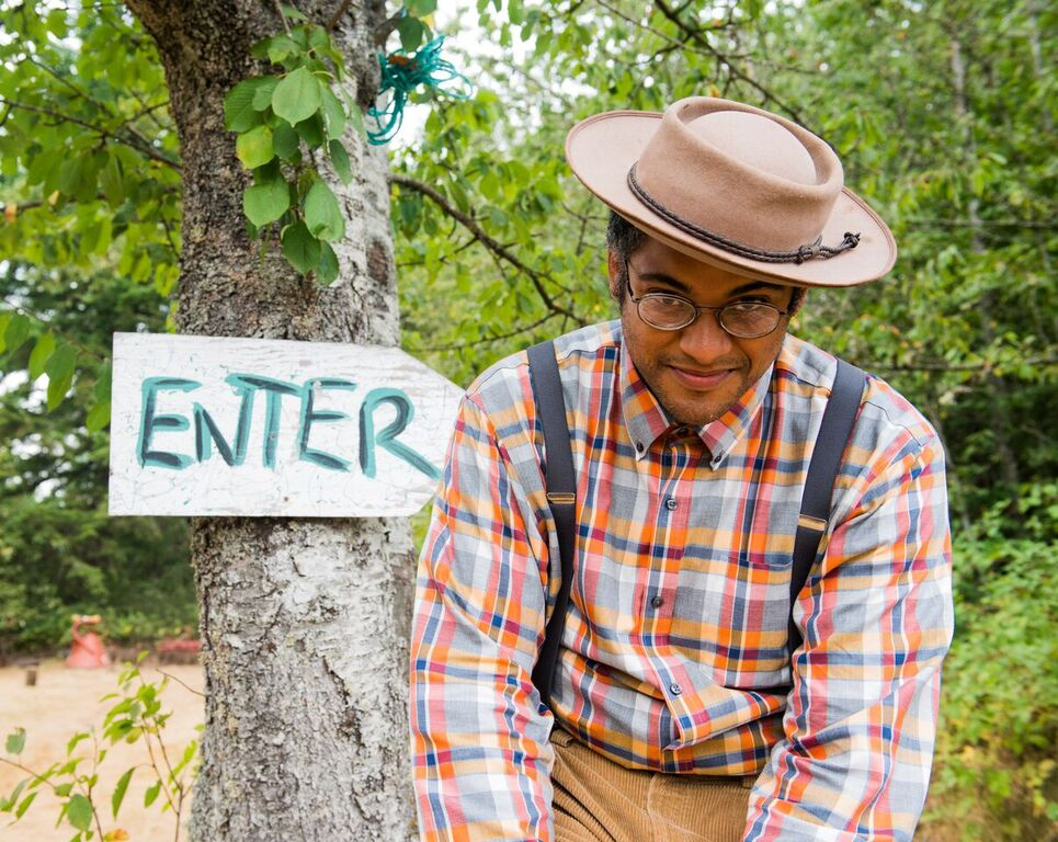 LIVE AT LUCKY BARN: Dom Flemons, 'Going Down the Road Feeling Bad'