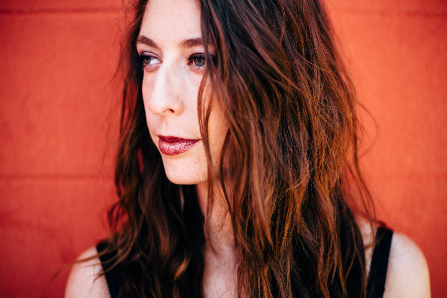 3x3: Ali Holder on Gap Skinnies, Hans Zimmer, and the Sensuality of Summer