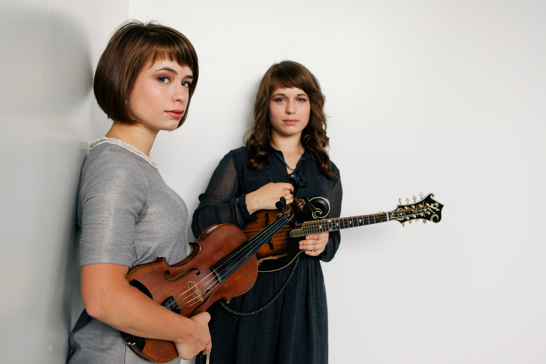 LISTEN: The Price Sisters, 'Love Me or Leave Me Alone'
