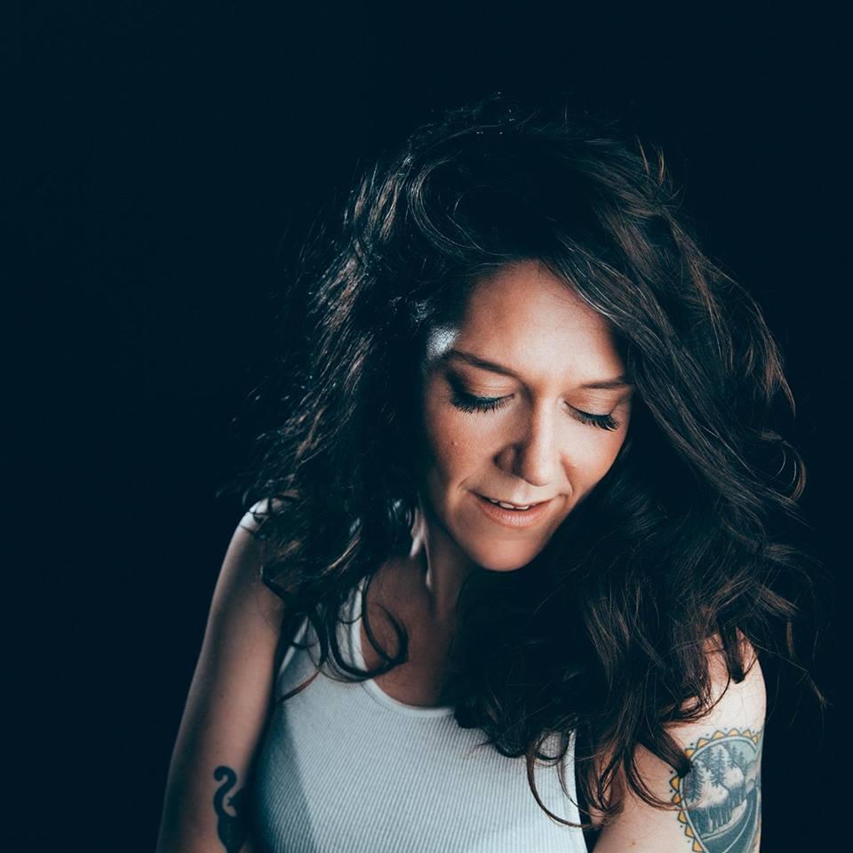 Hangin' & Sangin': Lilly Hiatt