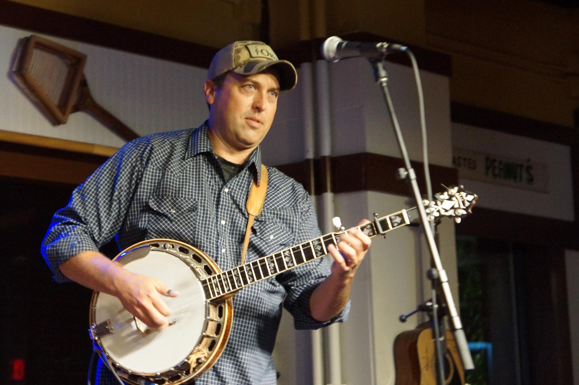 LISTEN: Randy Steele, 'Mabbitt Springs'