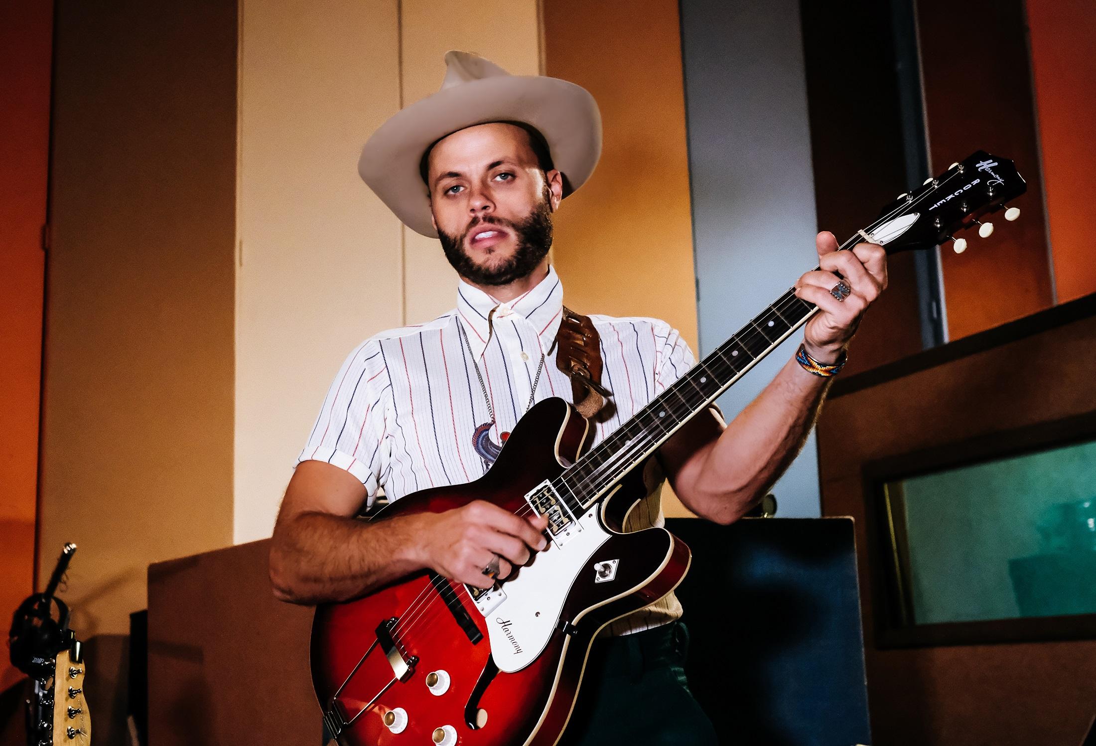 The String - Charley Crockett