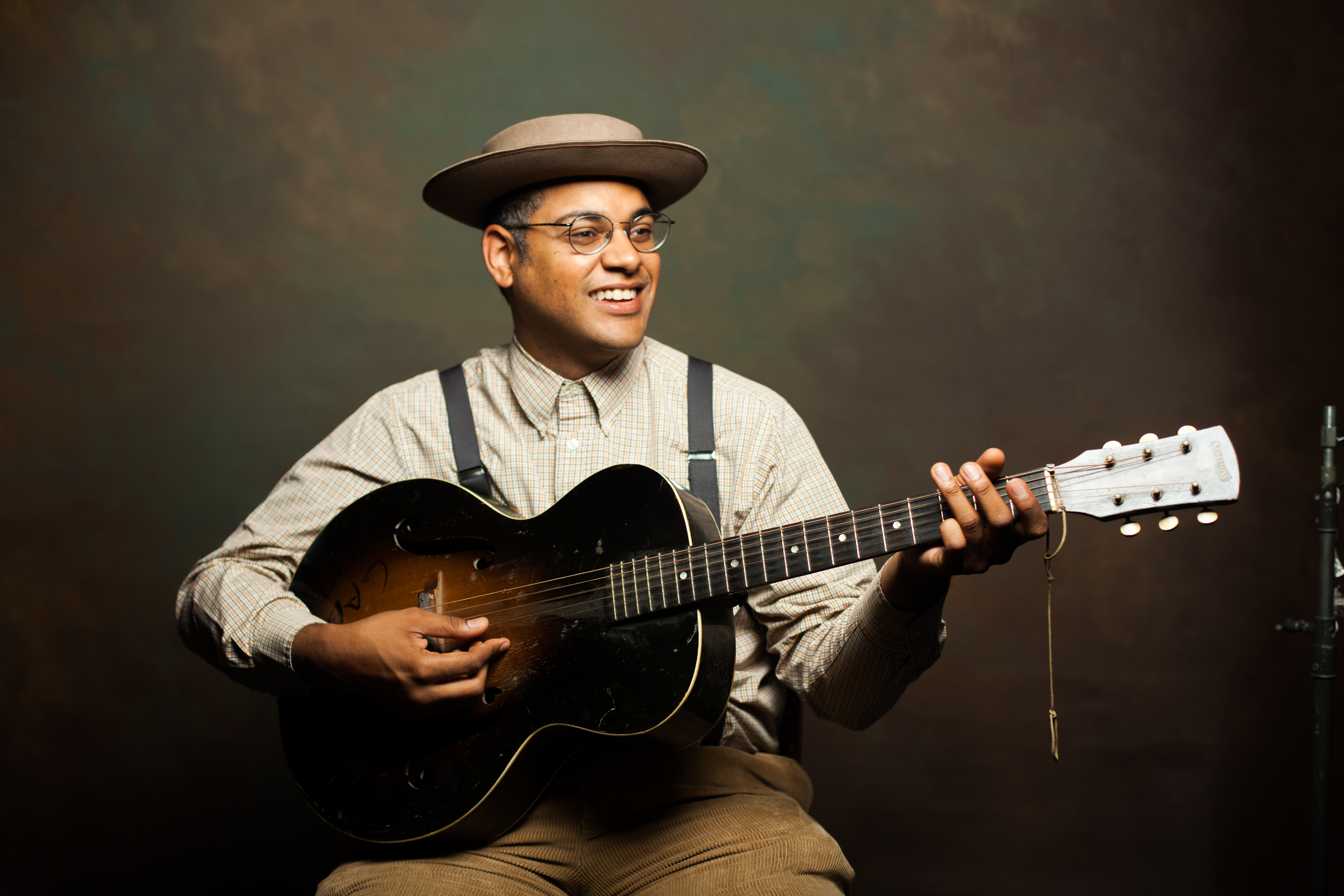 Dom Flemons: Many Pieces to the Puzzle