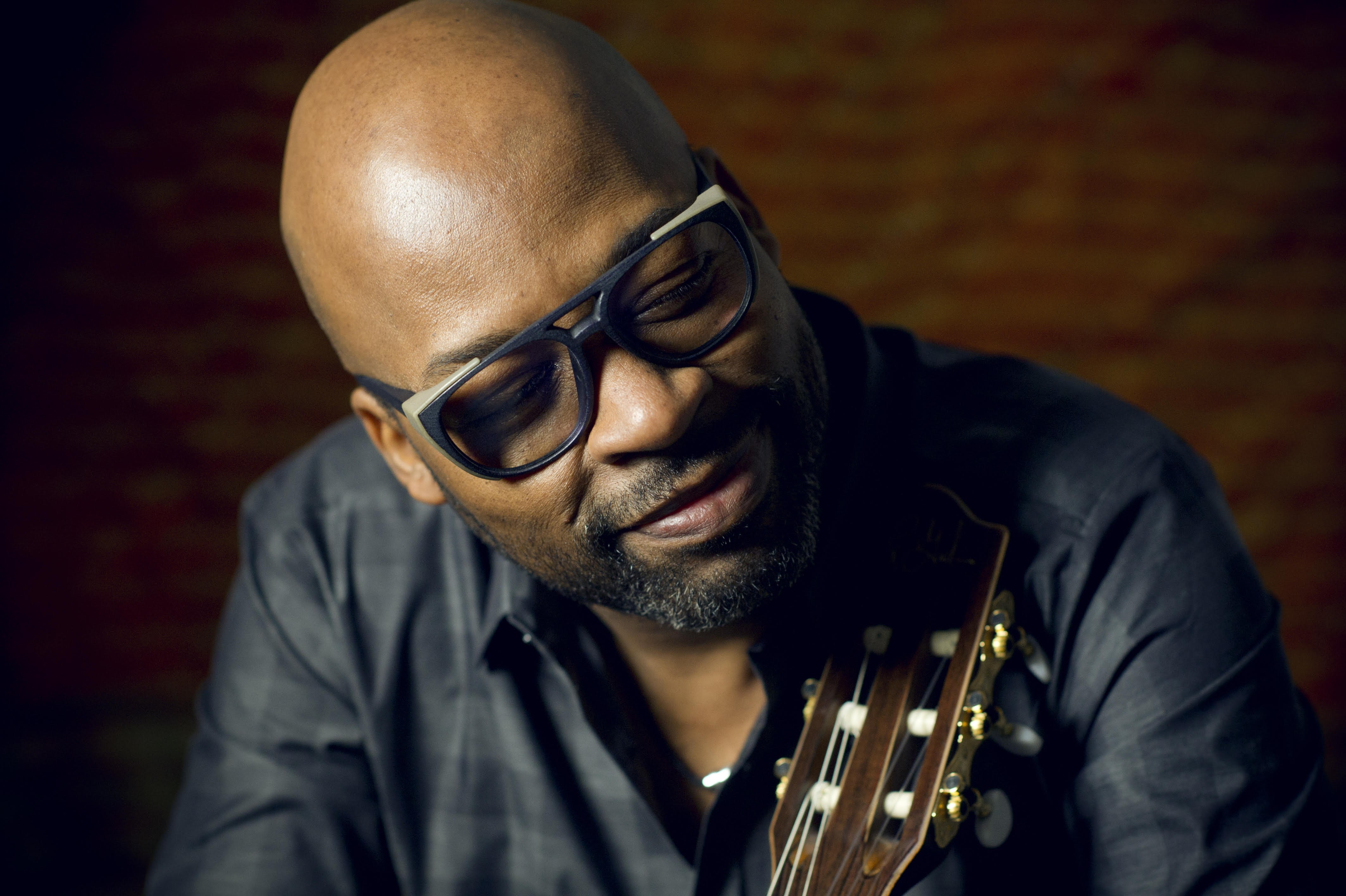 SMALL WORLD: Guitarist Lionel Loueke Brings Gentility to 'The Journey'