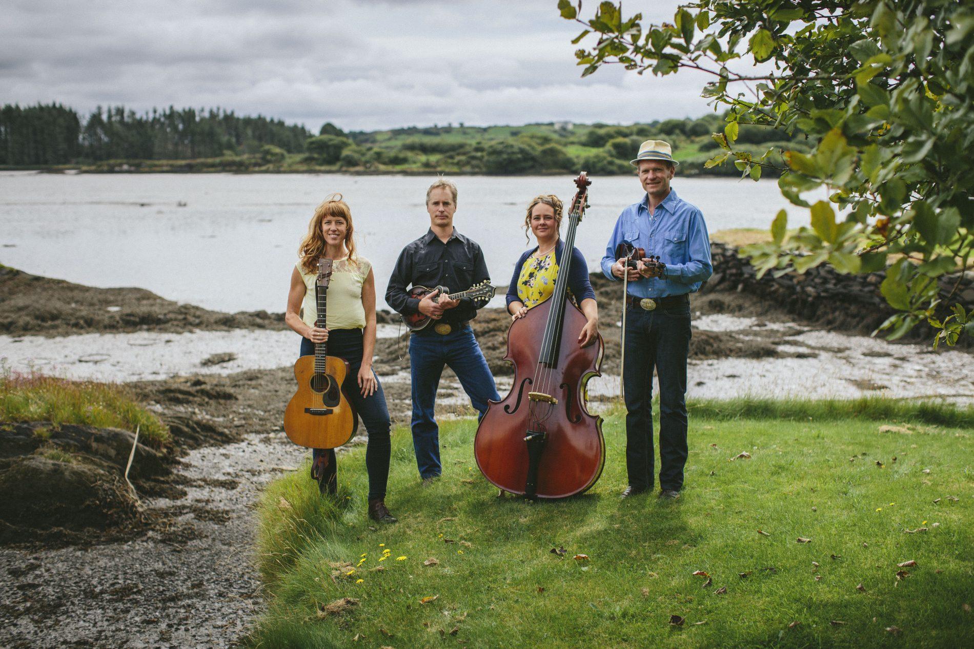 WATCH: Foghorn Stringband, 'Reuben's Train'