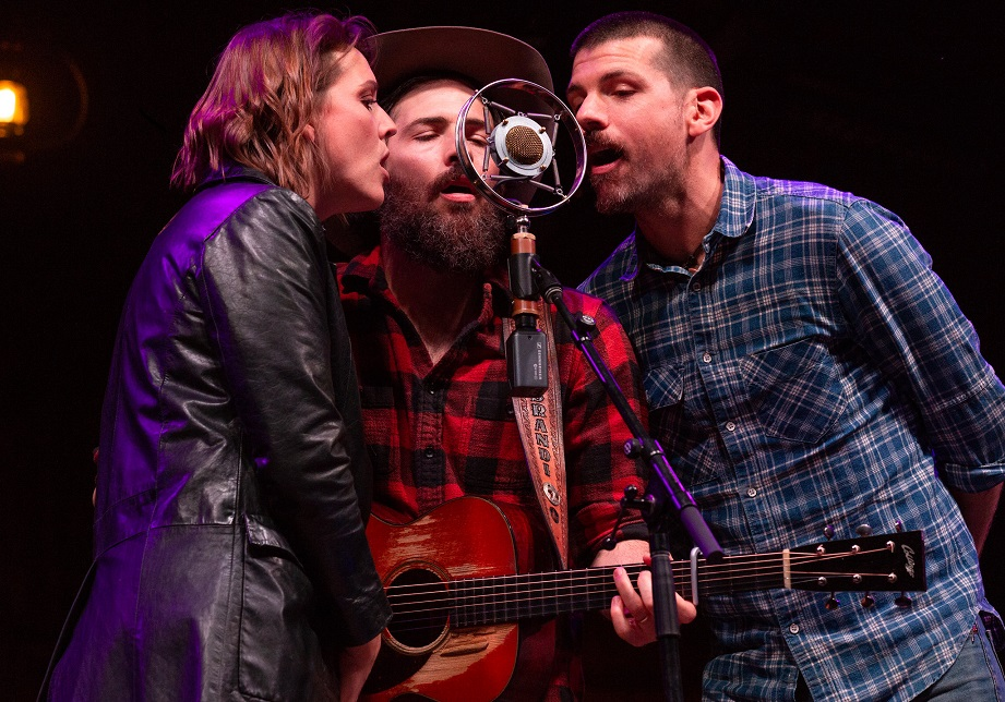 "Brandi Carlile and The Avett Brothers, ""Murder in the City"" (MerleFest 2019)"