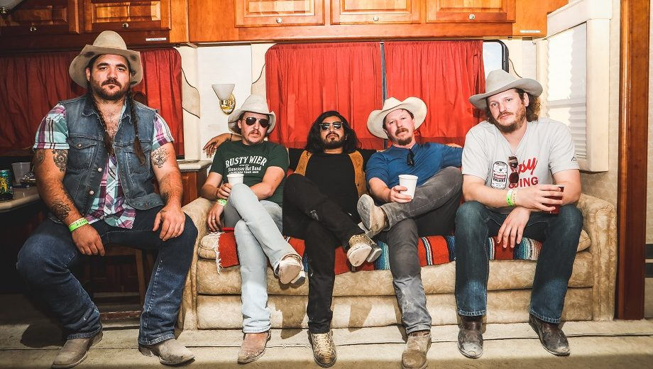 LISTEN: Mike and the Moonpies,
