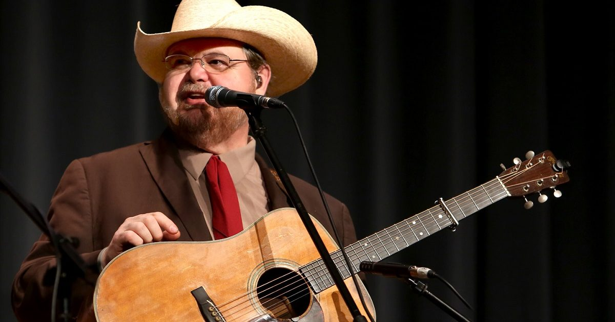 Junior Sisk Hitches His Wagon to the Stars of Traditional Bluegrass
