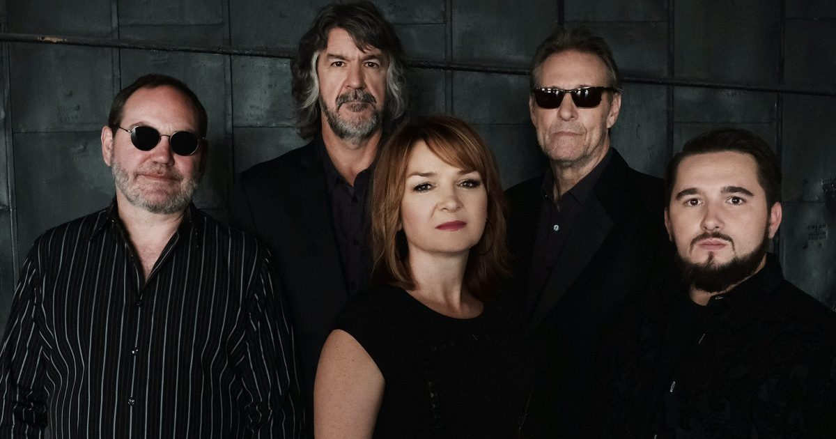 New Singer, Same Edge: The SteelDrivers Deliver on 'Bad For You'
