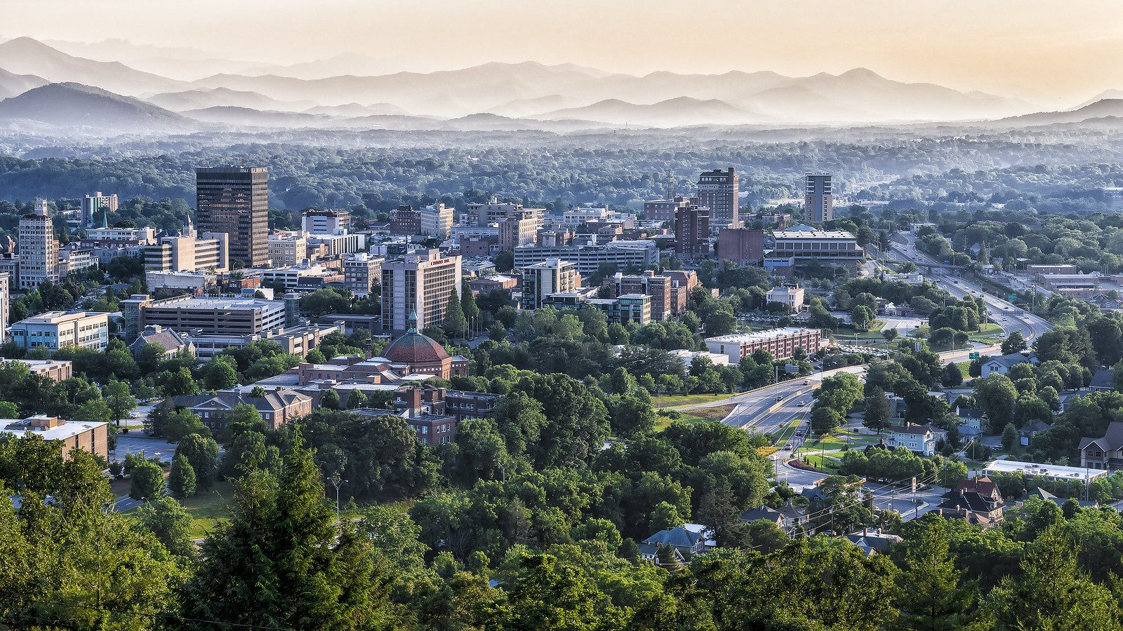 Asheville skyline by Photo by @CarShowShooter on Foter.com / CC BY-NC-SA