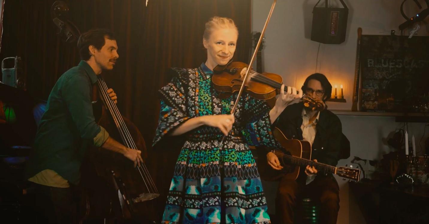 WATCH: Lena Jonsson Trio,