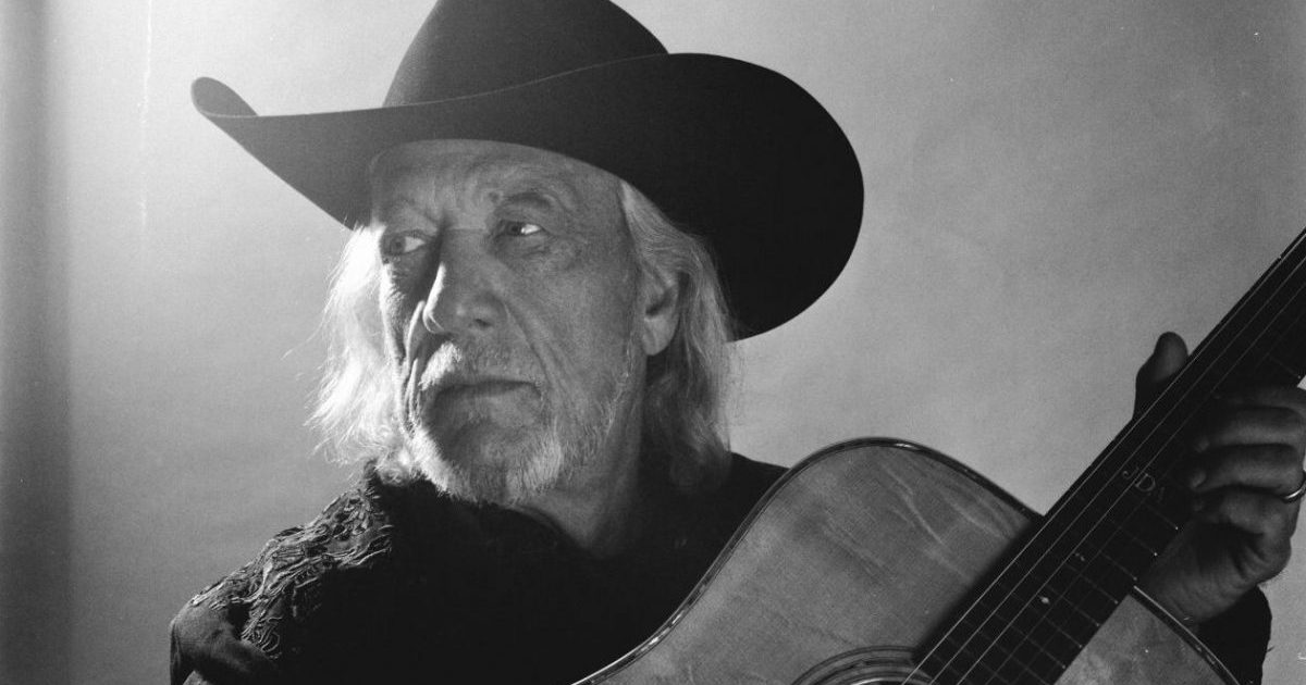 After Nearly Dying, John Anderson Adds 'Years' to His Life