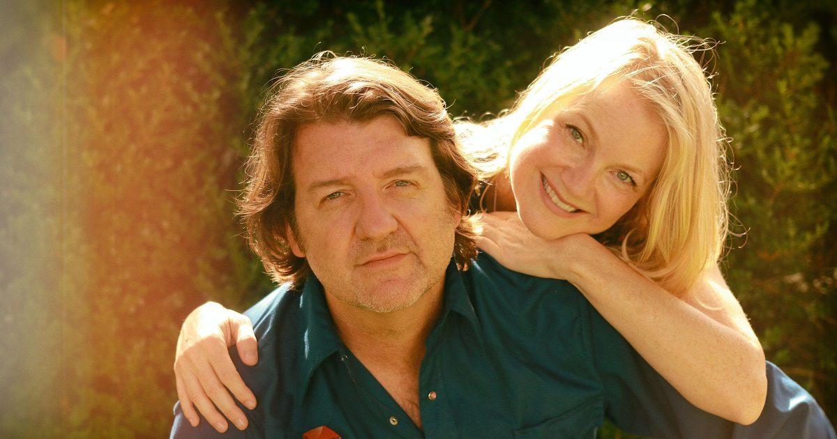 WATCH: Bruce Robison & Kelly Willis,