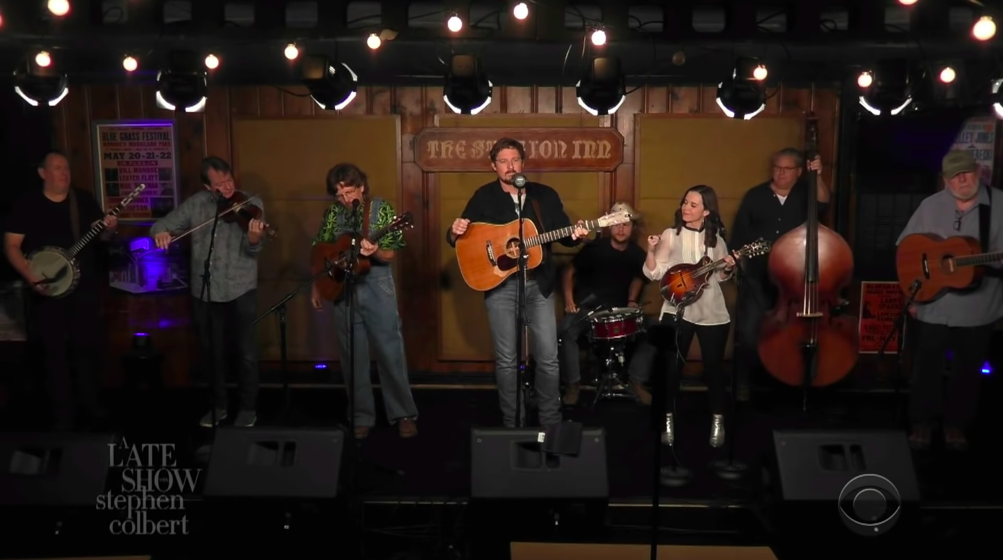 WATCH: From the Station Inn, Sturgill Simpson Cuts Grass on 'The Late Show'