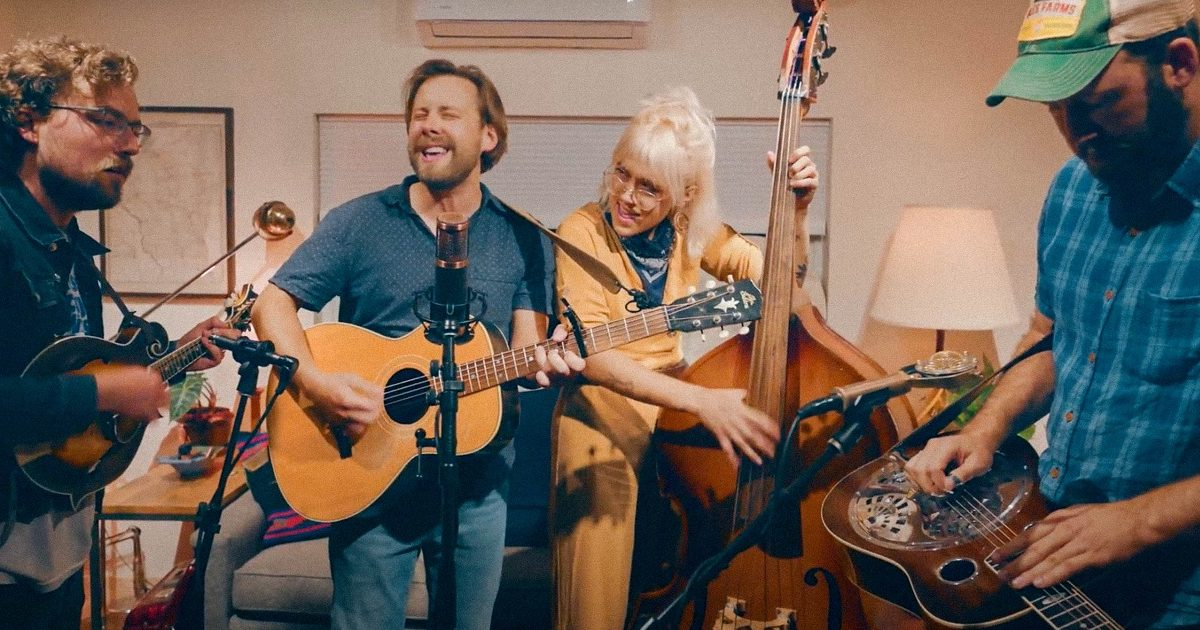 WATCH: Jeff Cramer and The Wooden Sound,