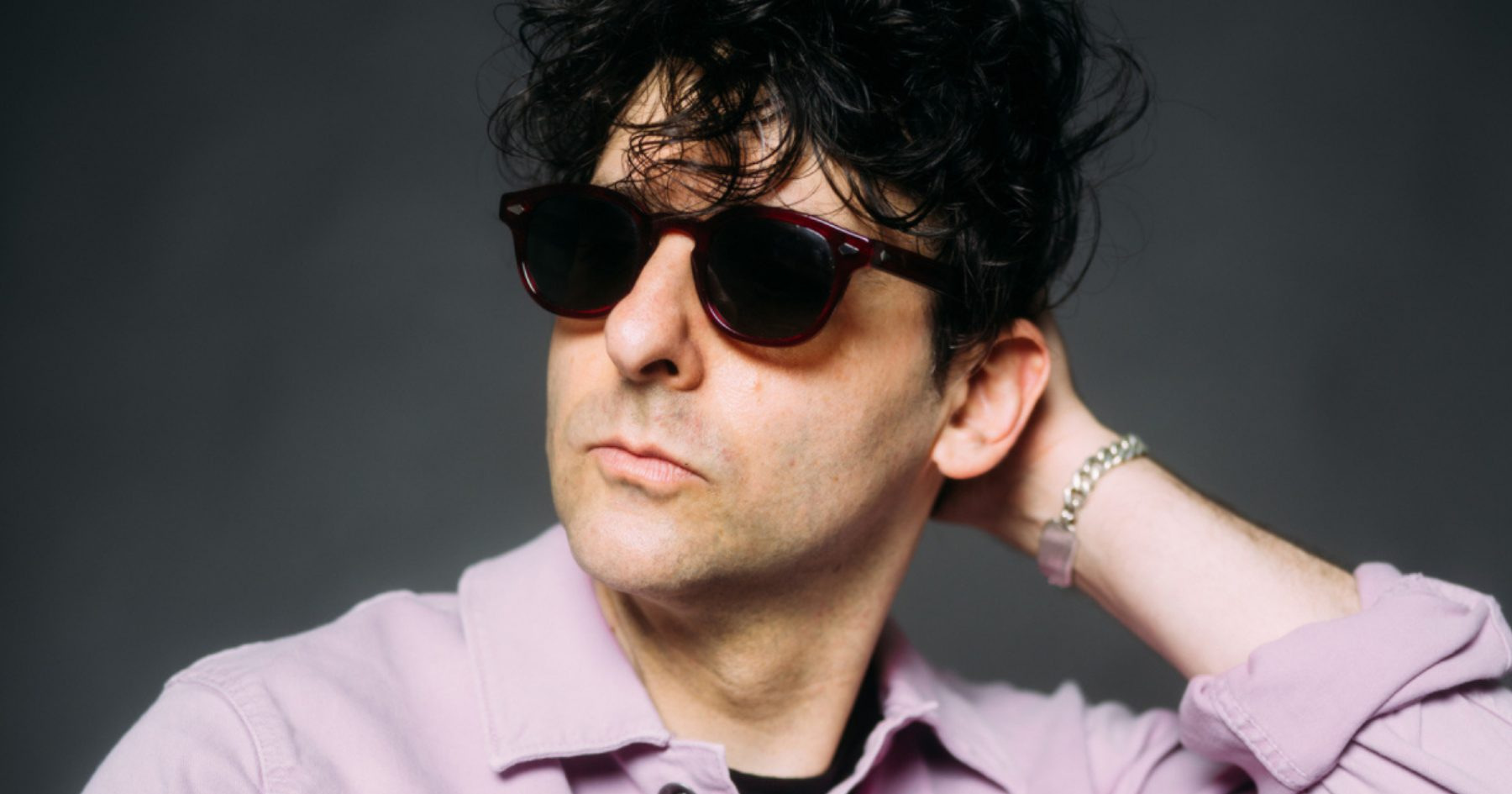 The Show on the Road – Low Cut Connie